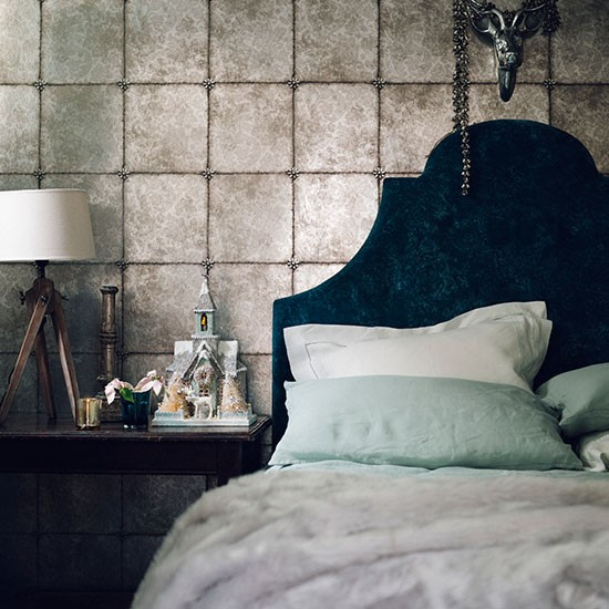 Cole & Son Kings Mirror Wallpaper Bedroom