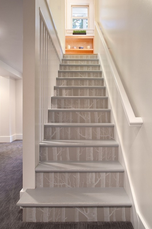 Cole & Son - Woods Wallpaper - Stairs